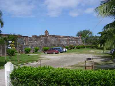 Omoa - fort from outside