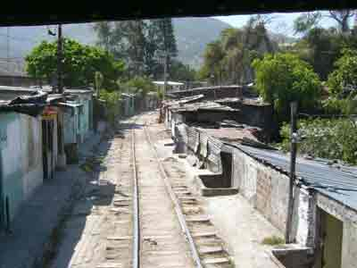 San Salvador - railroads through a slum